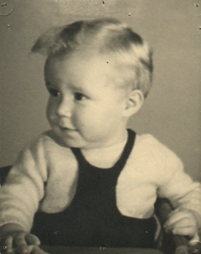 Photo of Bertel Lund Hansen as a child